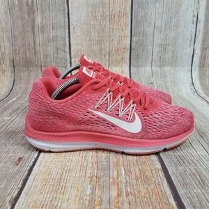 Nike Air Zoom Winflo 5 Women's Size 7.5